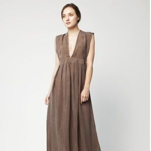 Hannayujin Empire Maxi Dress – Size Small